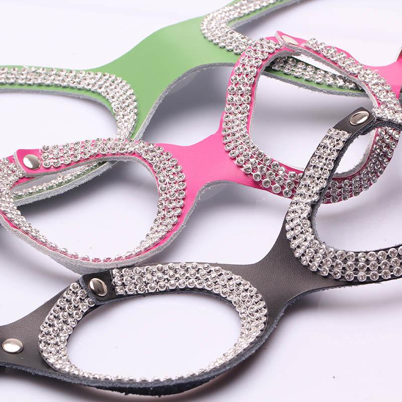Wholesale Pet Products New Design Genuine Cow Leather Fashion Bling Rhinestone Dog Harness For Small Dogs Co