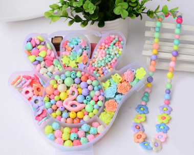 Wholesale Hot Plastic Acrylic Bead Kit Accessories Girl Toys Jewelry Making Kids Beads Set Latest charming Necklaces BDH018