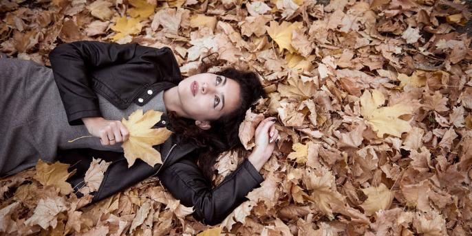跨境电商选品:秋季女士外套哪些会受到青睐呢?
