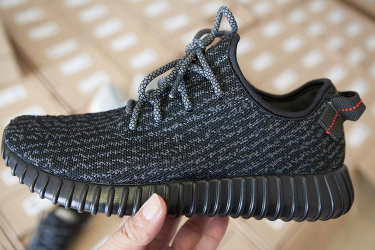 Store Product Cheap Air Yeezy 350 Boost Black Kanye West 372243289 Yeezy 350 Boost Black