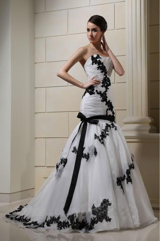 Vestito da sposa nero e bianco  Blog su abiti da sposa Italia