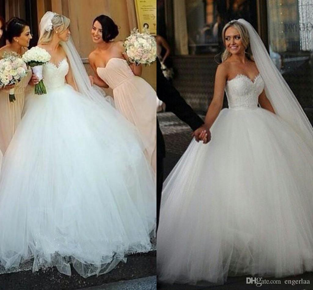 2015 new designer ball gown cinderella wedding dresses sweetheart neckline vintage lace tulle white bridal gowns