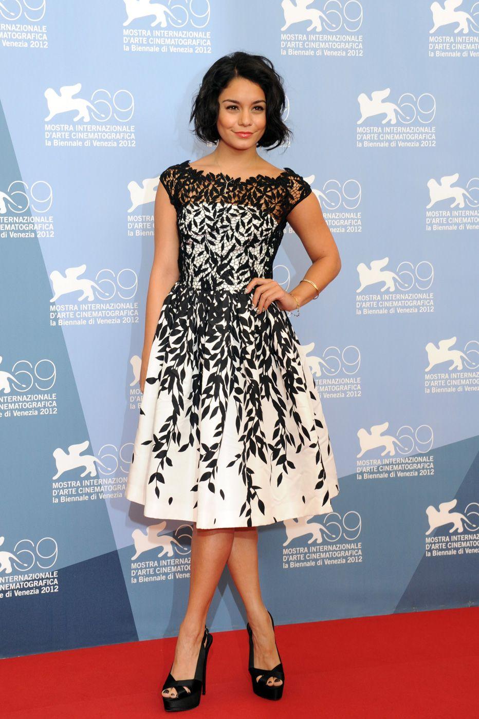 2014 Vanessa Hudgens Black And White Leaf Sheer Lace Short Prom ...