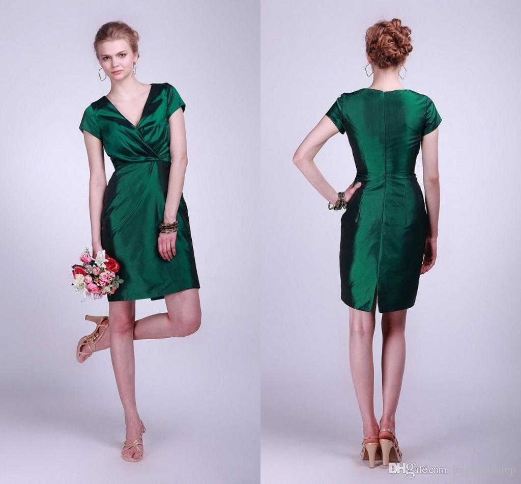 Vintage Short Bridesmaid Dresses V Neck Short Sleeves