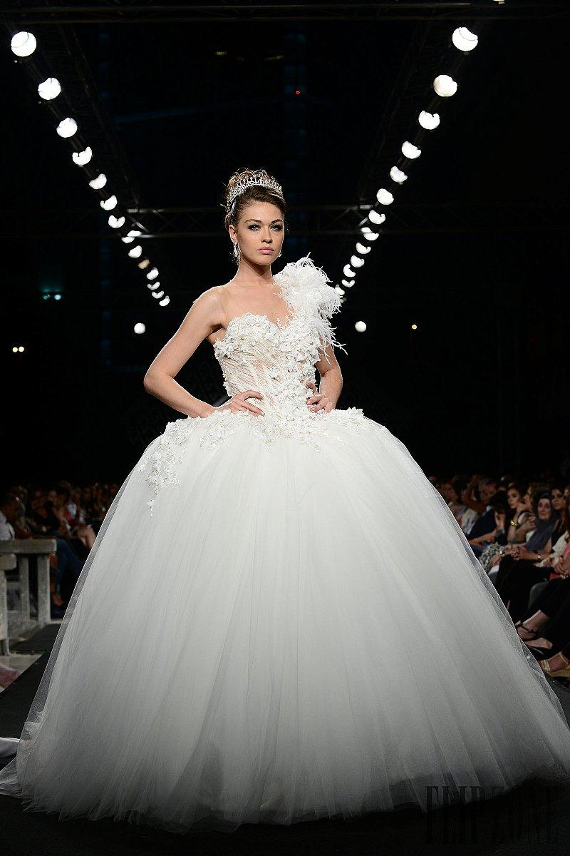 Walid shehab haute couture wedding dresses pretty ball for Haute couture wedding dresses