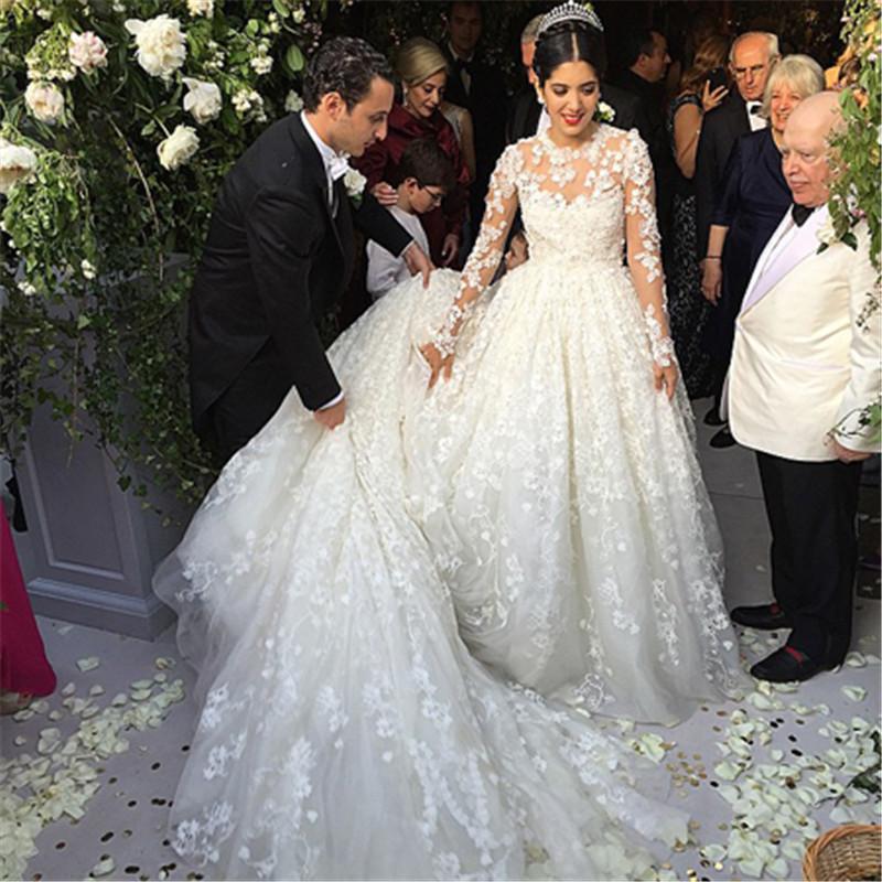 2015 Bling Bling Lace Wedding Dresses Long Sleeveless Flowers ...