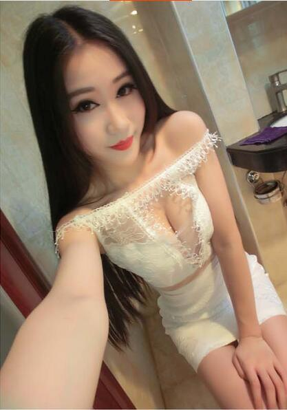 carrier single asian girls I'm an asian woman and i refuse to ever date an and as long as during beauty countdowns white girls are called beauties and asian girls are called exotic.