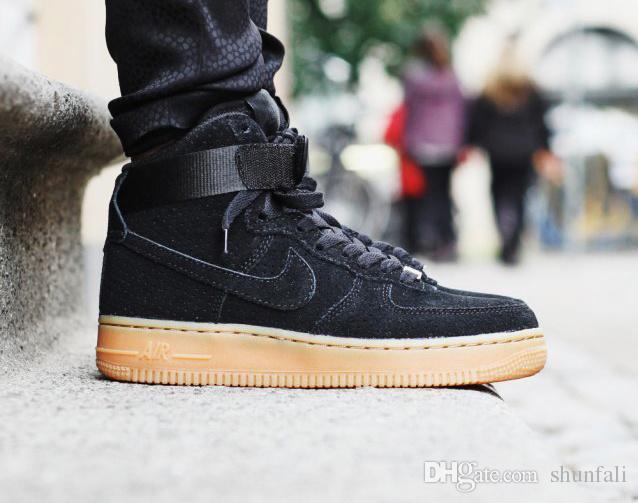 Nike Air Force 1 Black Gum