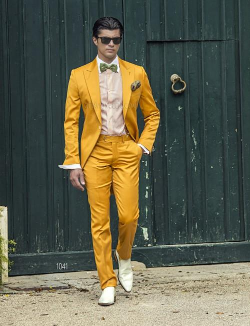 New Fashion Yellow Tailcoat Groom Tuxedos Peaked Lapel Best Men's ...
