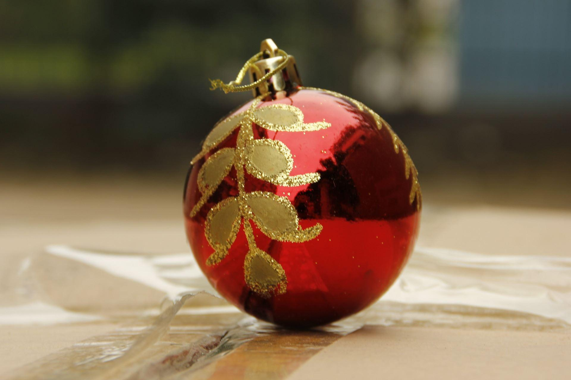 Hei bao 6cm christmas crafts christmas decorations light for Christmas ornament sale clearance