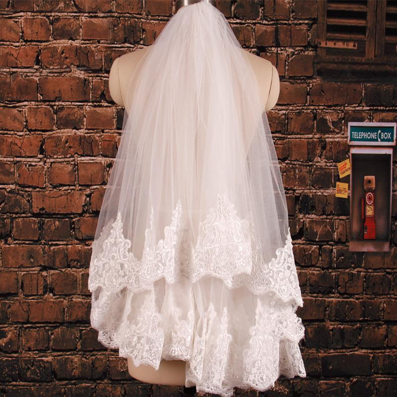 Casual Wedding Veils Two Layer Fingertip Length Tulle Appliques Lace Edge Tiers Bridal Veils