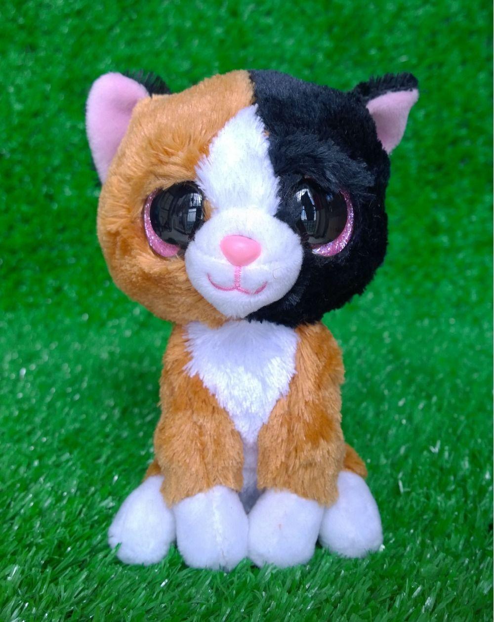 Beanie White Cat