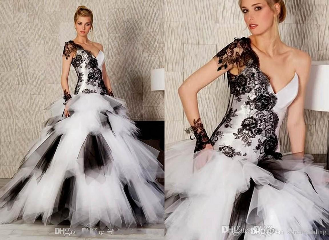 2015 Fashion Black And White Ball Gown Wedding Dresses One ...
