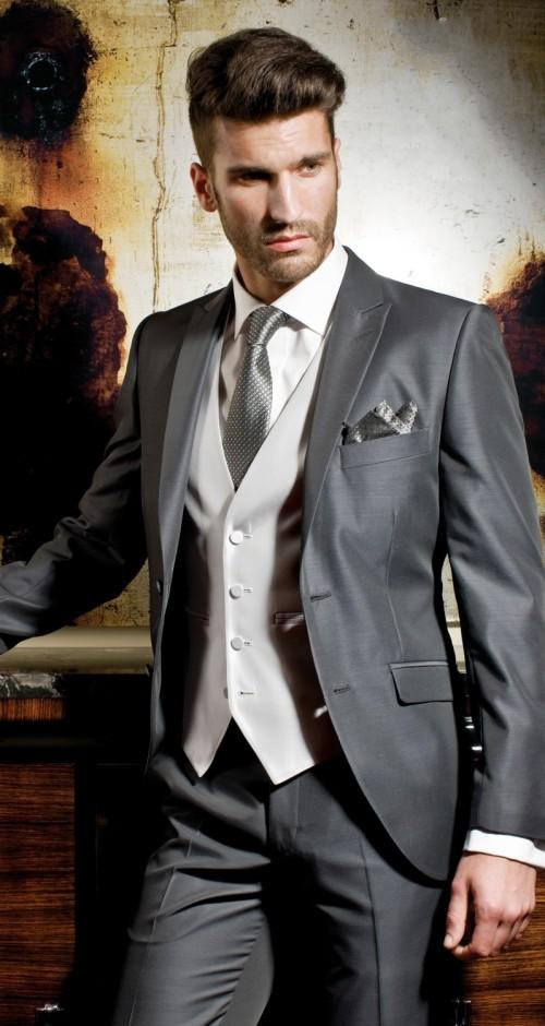 Grey Silver Wedding Suits For Men Peaked Lapel Grooms Tuxedos ...