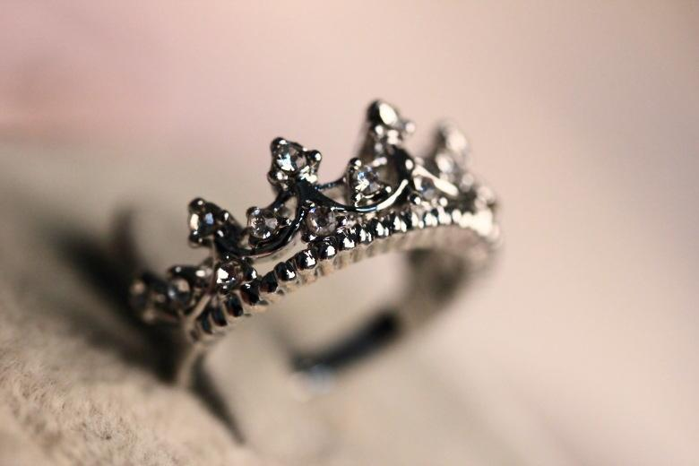 see larger image - Crown Wedding Rings