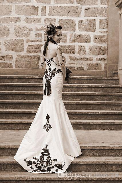 2015 Gótico Nuevos Vestidos de Novia en Blanco Y Negro Apliques de Perlas Pura vestido de