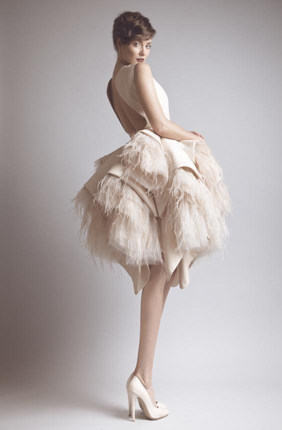 Latest Dress Design Sexy Backless Short Wedding Dress Ball