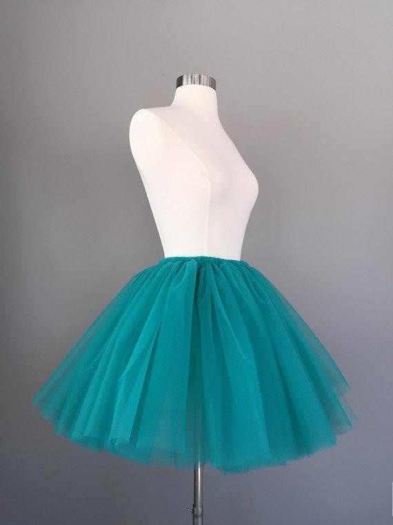 Turquoise tulle skirt bride wedding dresses petticoat for Tulle skirt under wedding dress