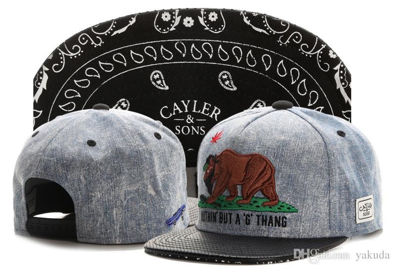 2015 fashion cayler sons 39 dusamed 39 lil wayne vs medusa black gold adjustable snapback cap hat. Black Bedroom Furniture Sets. Home Design Ideas