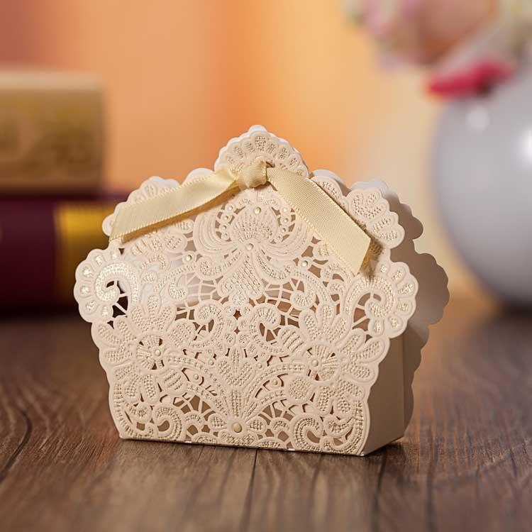 Laser Cut Wedding Favor Boxes Luxury Wedding Candy Boexs Hollow Flower Candy Box Wedding Party
