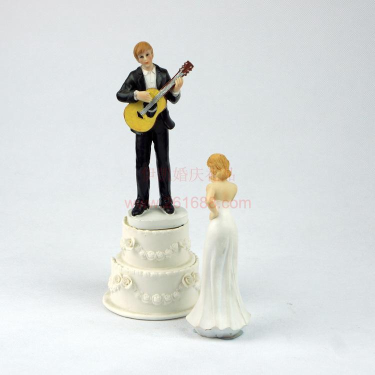 2015 Retail Romantic Cake Toppers Couple One Moment In Time