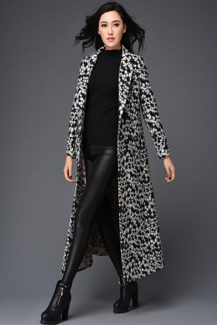 2017 Europe Usa Fashion Show Super Long Coats Handsome Woman Wear