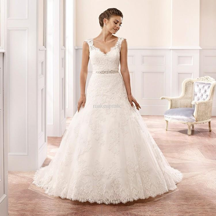 2015 simples lace wedding dress sweetheart neckline for Princess style wedding dresses sweetheart neckline
