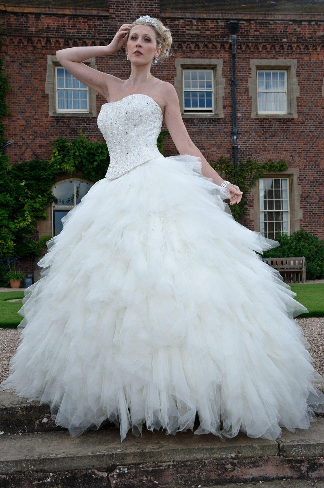 2016 Luxury Hollywood Princess Wedding Dresses Strapless