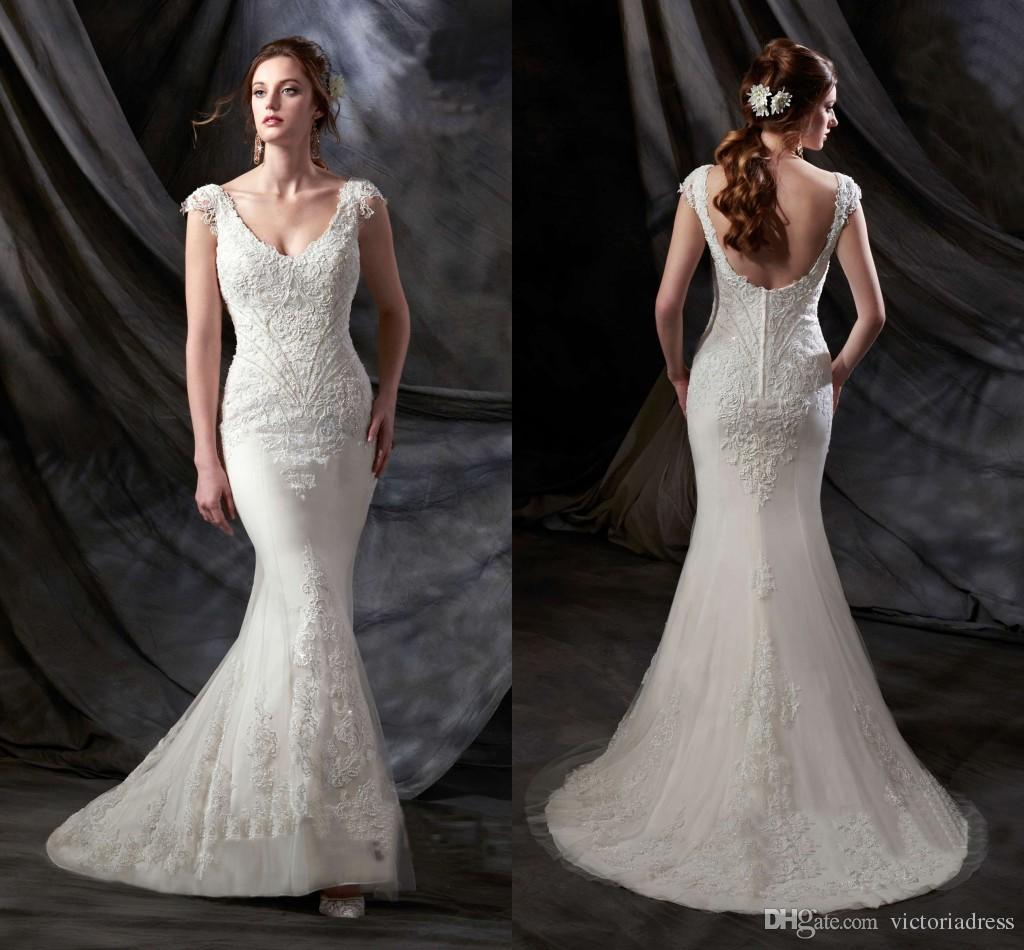 Chapel Train Lace Wedding Dresses 2016 Spring Capped
