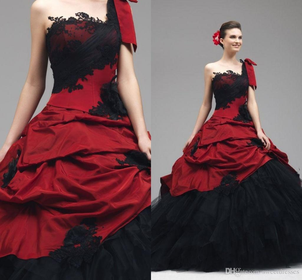 2016 Red Black Wedding Gowns Lace Appliques Gothic Wedding Dresses ...