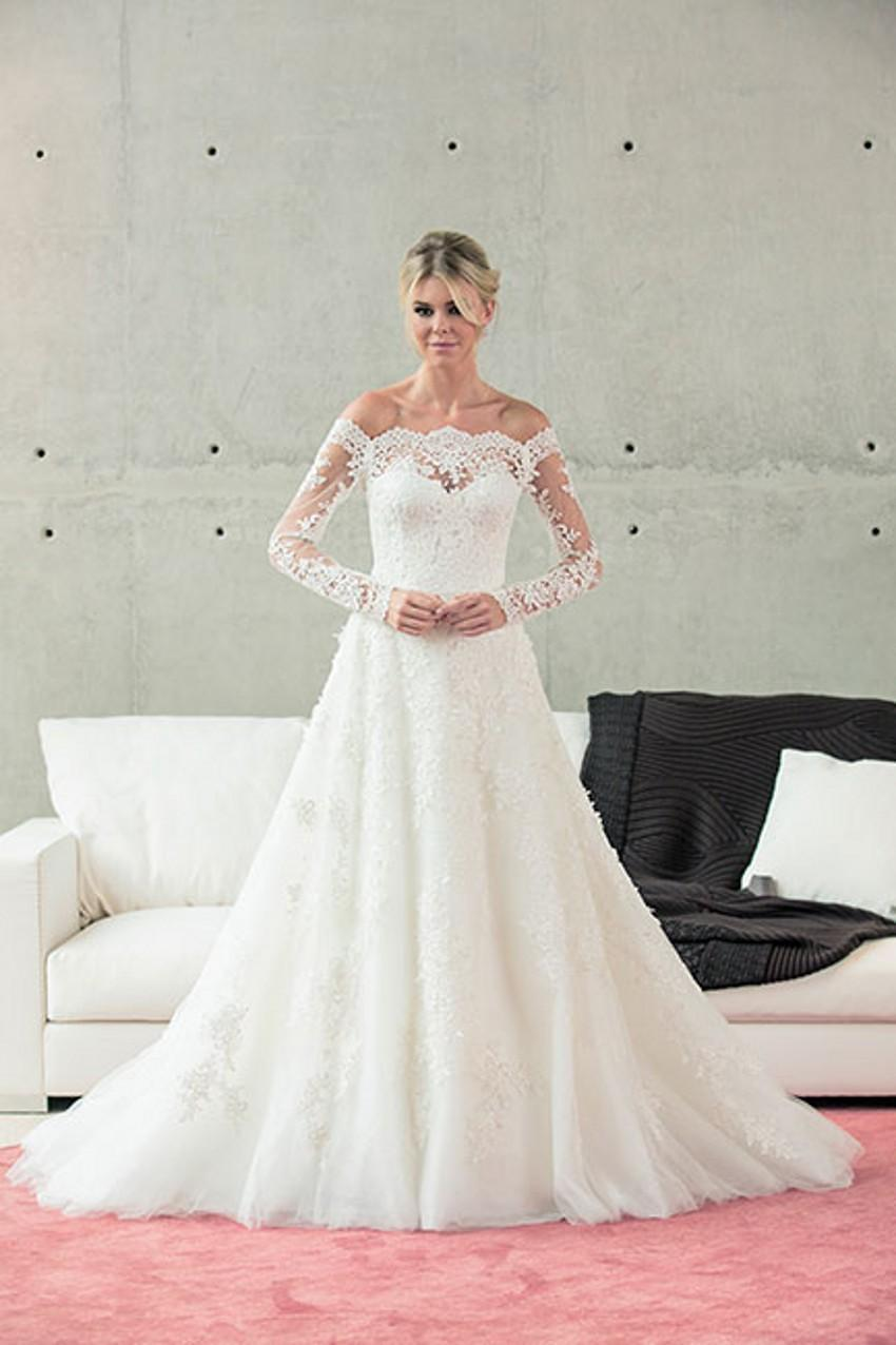 ... Sheath Chiffon Ivory Scoop Neck Dress Trumpet Scalloped Wedding Dress