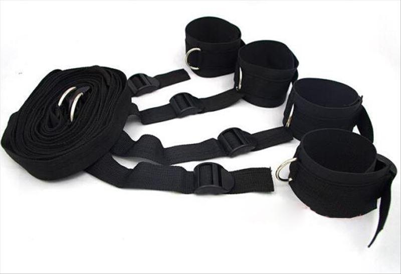 They bondage restraint devices