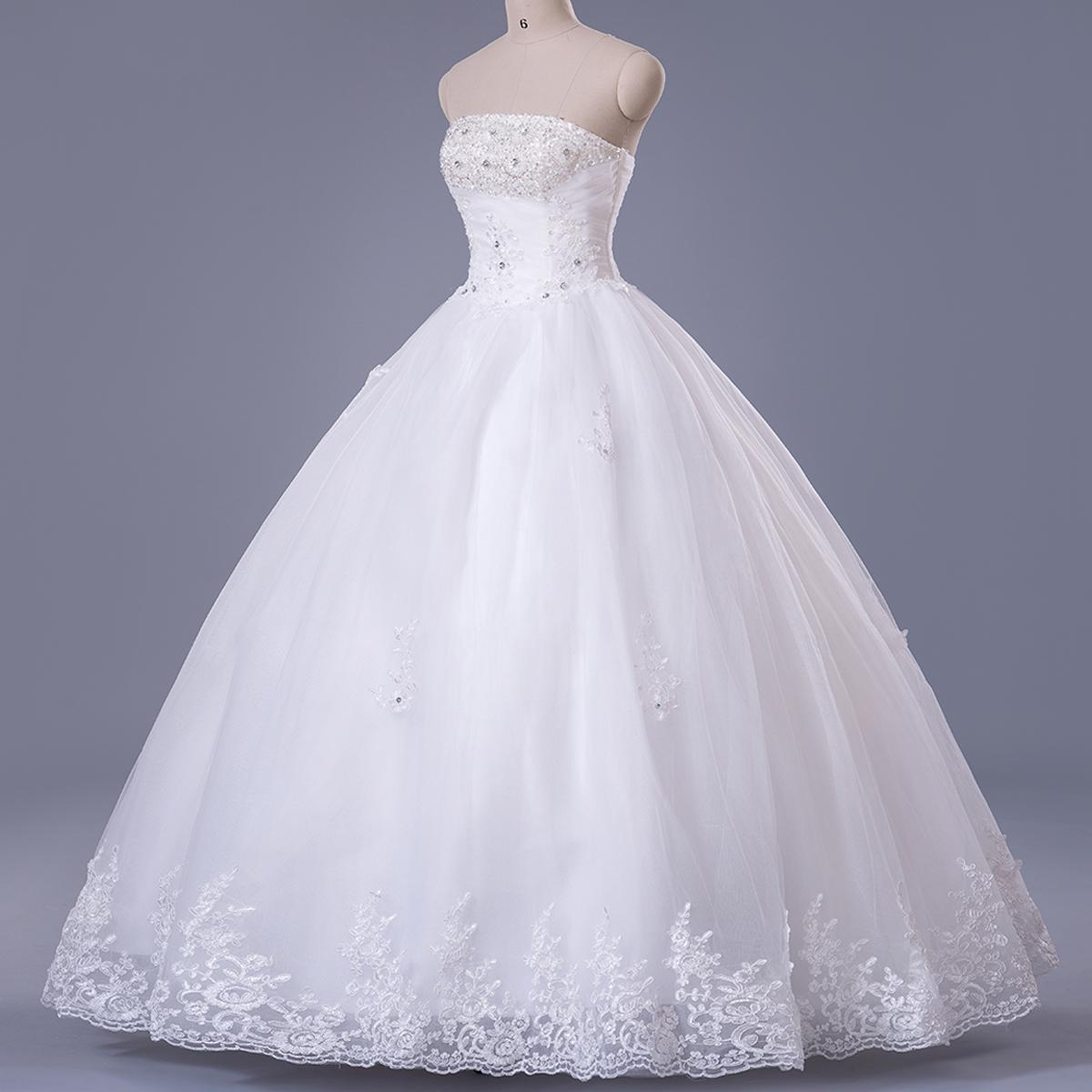 Hot designer 50 off lace wedding dresses 2015 strapless a for Sexy wedding dress designers