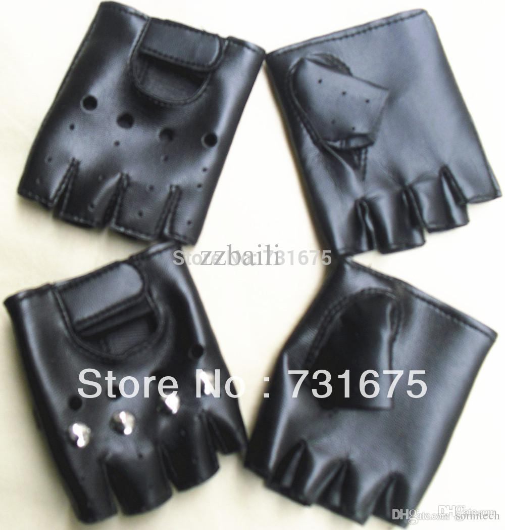 Childrens black leather gloves - 30