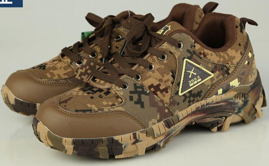 Outdoor sports climbing shoes military enthusiasts