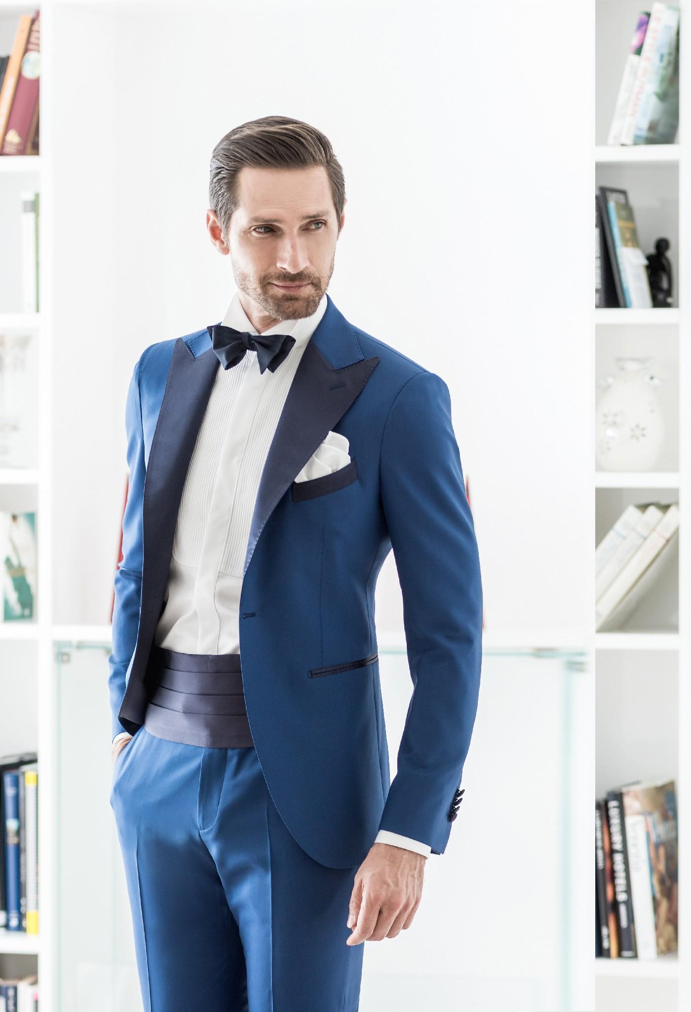 Blue Wedding Suits For Men Three Piece Suit Black Peaked Lapel Men ...