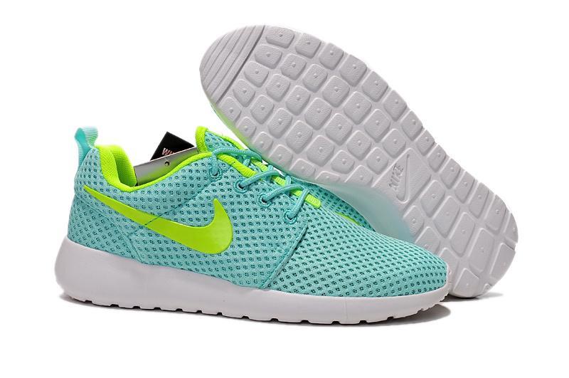 nike nike roshe run br light blue green running shoes women sneakers. Black Bedroom Furniture Sets. Home Design Ideas