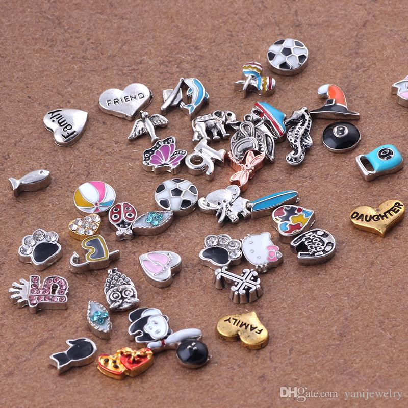 Styles 50pcs Livraison gratuite Mix Charms en vrac alliage Floating Médaillon Pe