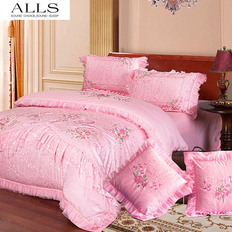 Bed sheets for wedding - New 2014 Patchwork Bedspread Satin Quilt Cotton Bed Sheets Wedding Bedding Sets Chinese Style Luxury Dovet