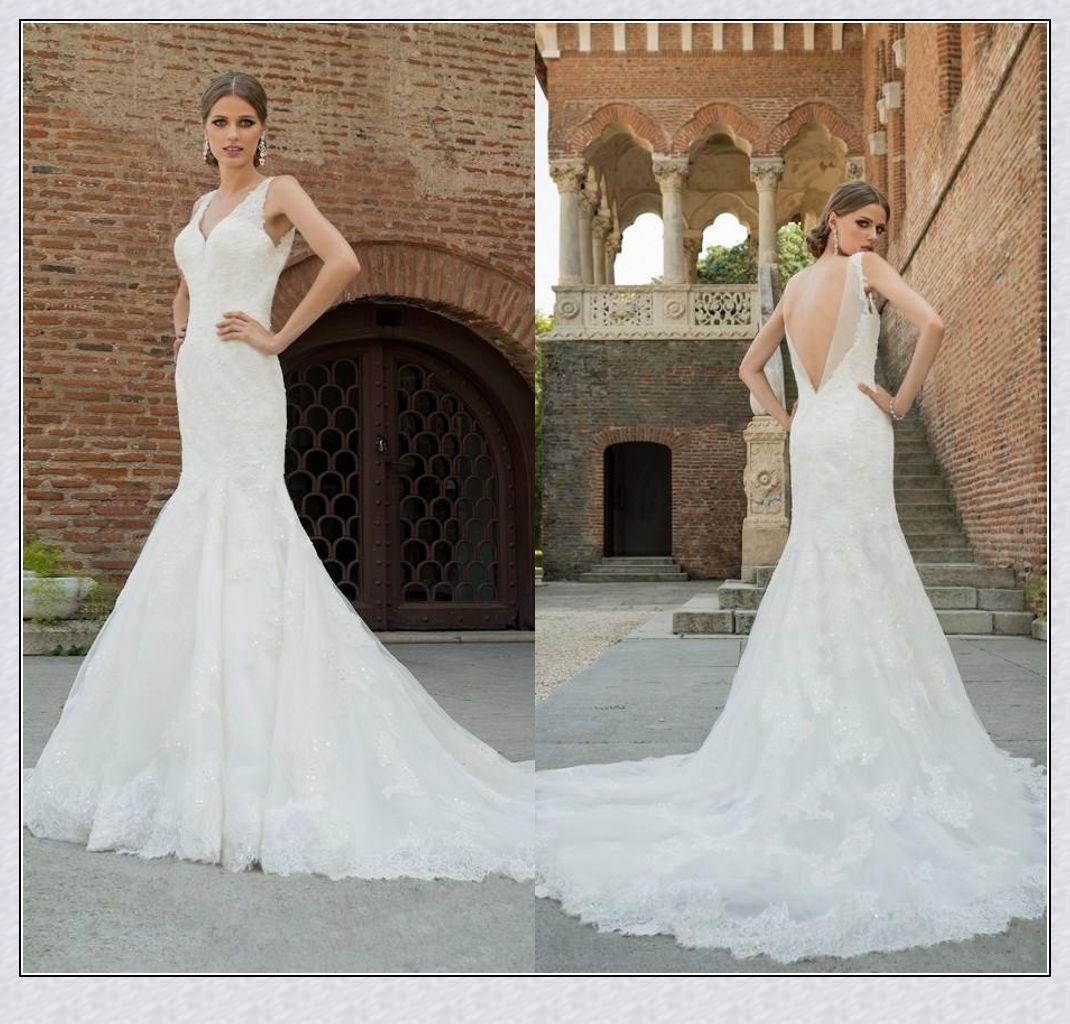 White Glamorous Lace Mermaid Wedding Dresses V Neckline