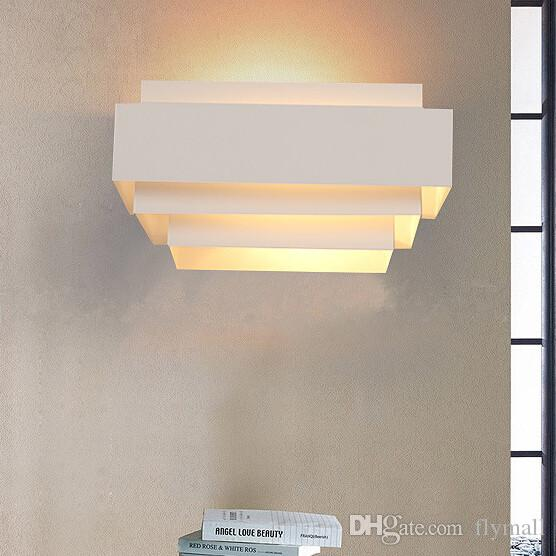 2018 Contemporary Indoor Up Down Wall Light Curved White
