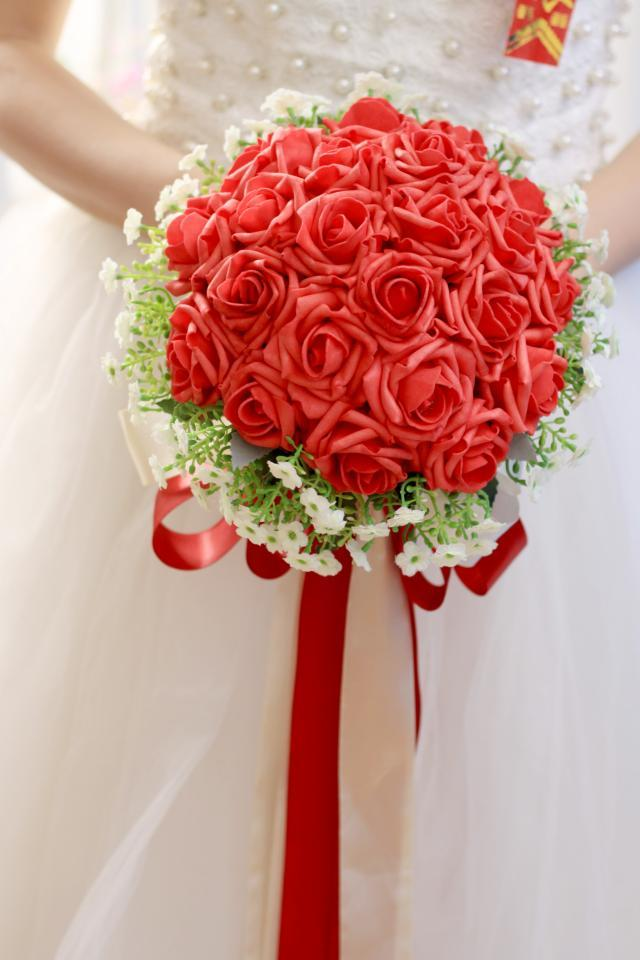 Romantic Cheap Beautiful Artificial Roses Flowers Wedding Bouquet Red Perfect Wedding Favors