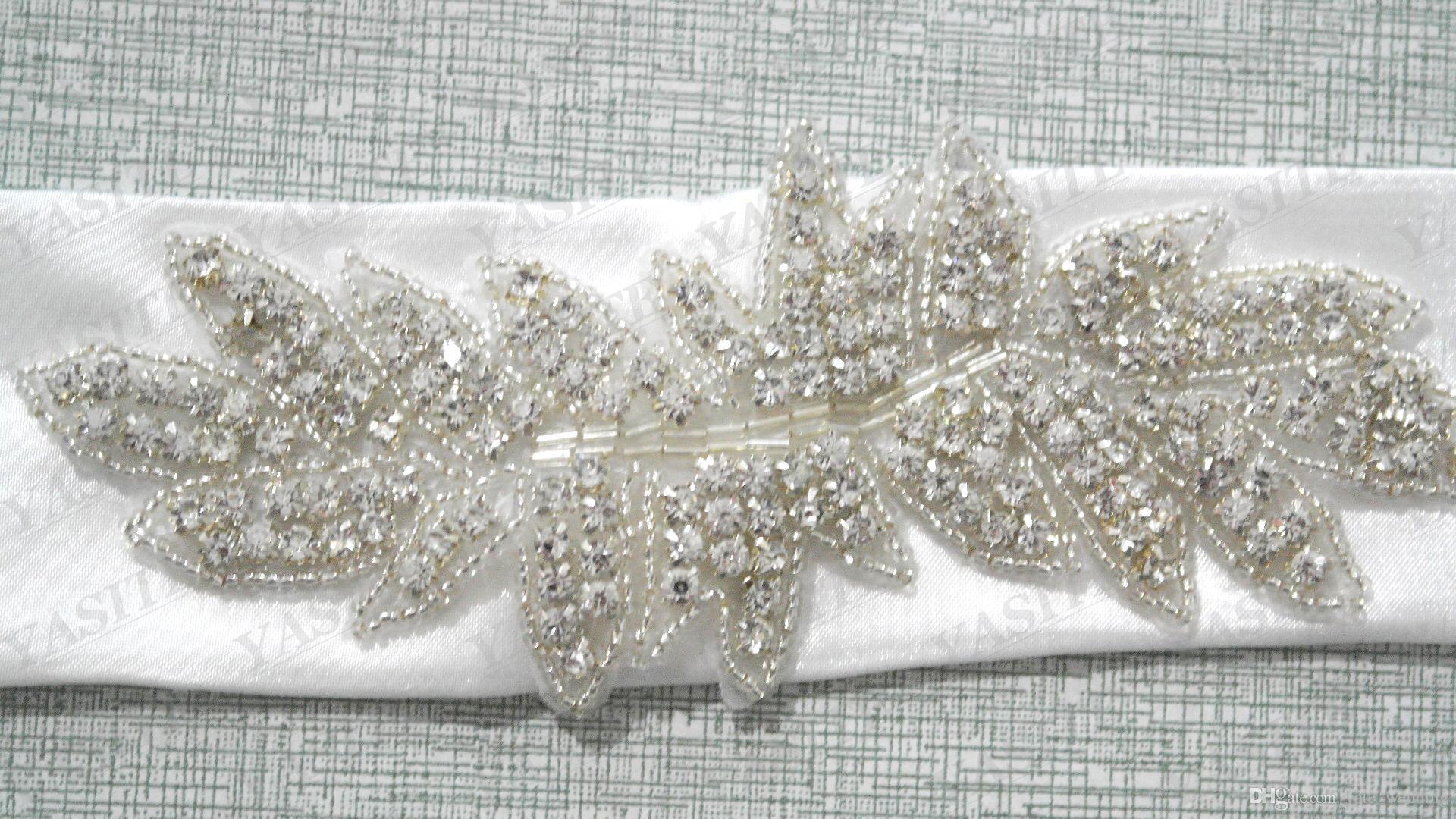Elfenbein-Satin-Hochzeits-Kleider