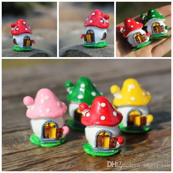 Cute Tiny Cartoon Mushroom House Figurines Diy Accessories Christmas Ornaments Flower Pots Decorations Garden Decor E434l