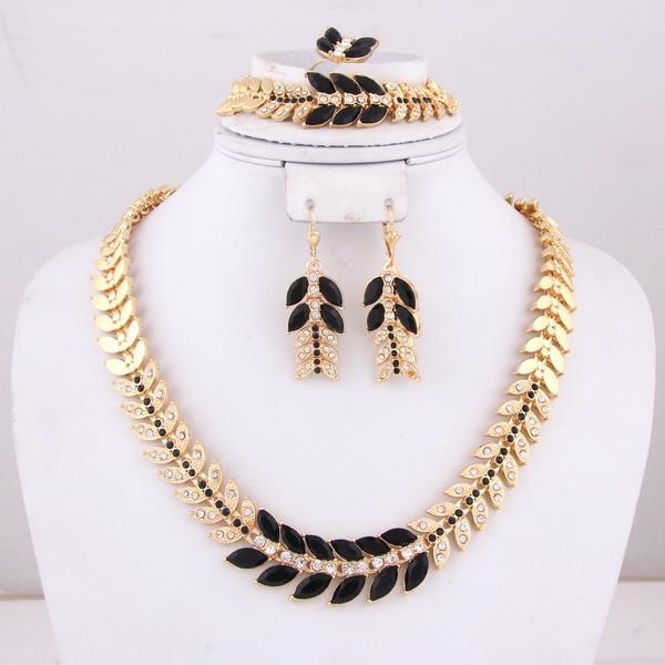 2017 wholesale costume jewellery dubai gold jewelry set