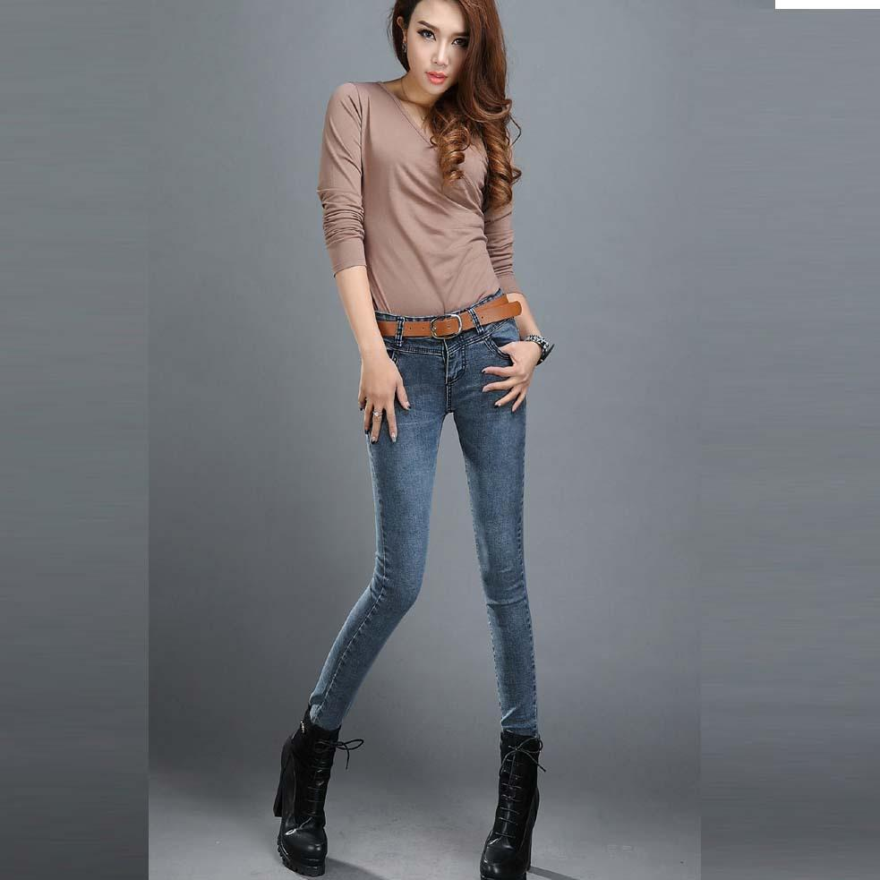 The harmonious in jeans skinny teen doing