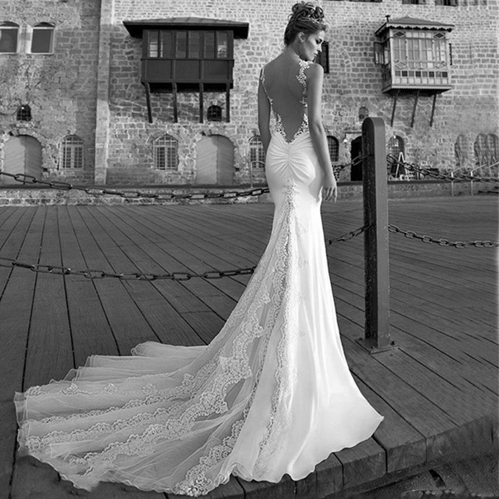 fitted lace wedding dress with train fitted lace wedding dress Fitted Lace Wedding Dress With Train