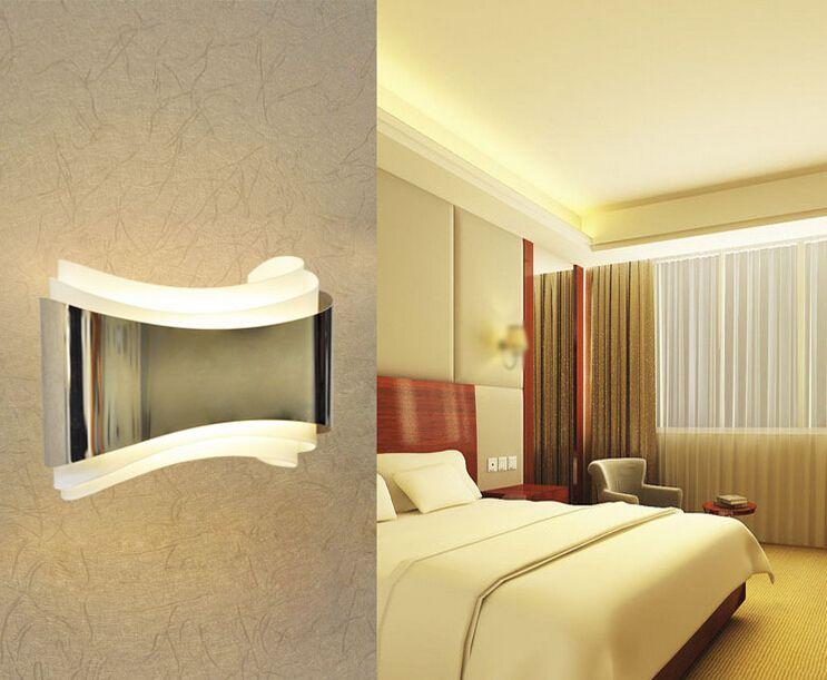 Lampade da cameretta parete camera da letto oro parete camera da letto oro orologi with lampade - Luce per camera da letto ...