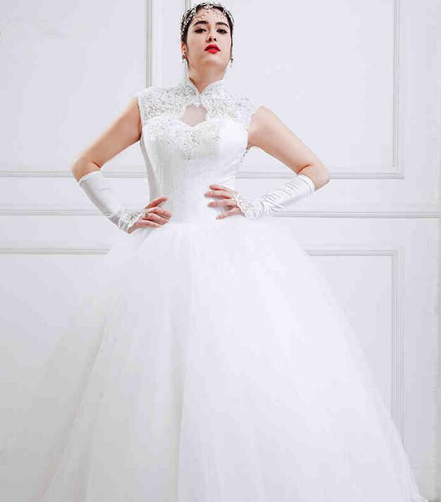 High neck full figured wedding dresses white tulle open for Wedding dresses for larger figures