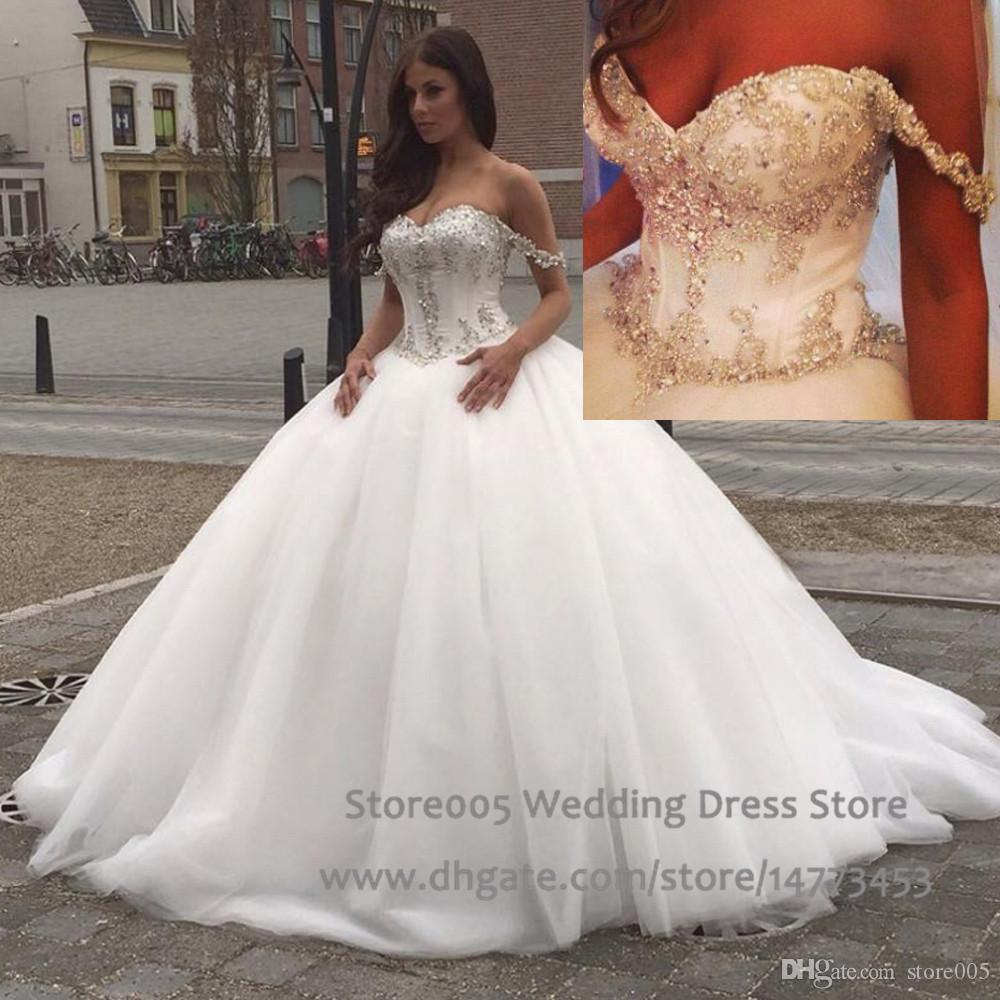 Off The Shoulder Wedding Dresses With Sleeves. Elegant Princess A ...